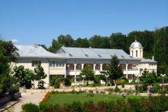 manastiri-12-Medium