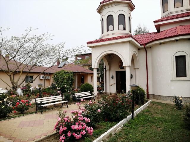 Manastirea Sfanta Elena de la Mare Costinesti